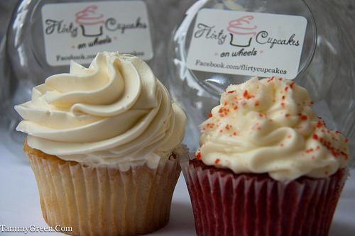 Flirty Cupcakes | Vanilla & Red Velvet