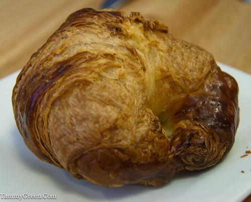Bakin' & Eggs | Croissant