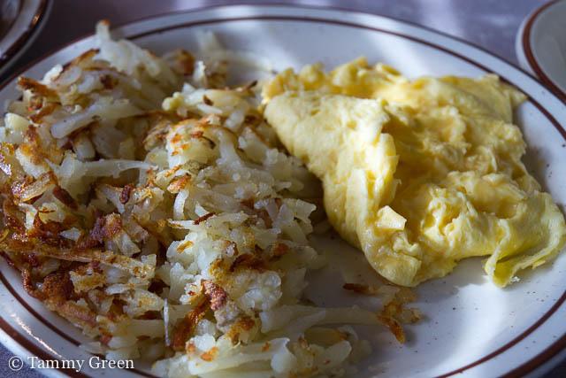 Hash Browns & Scrambled Eggs | Golden Nugget