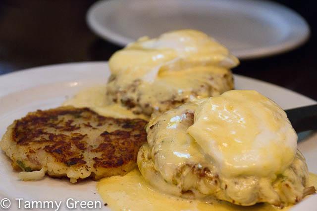 Eggs Benedict | Glenn's Diner