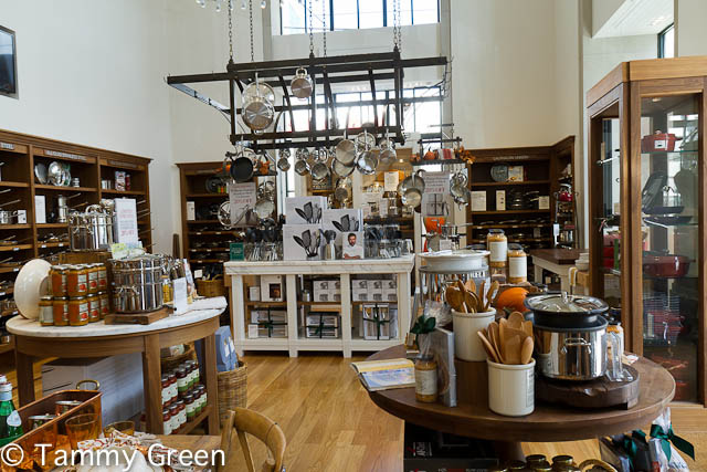 Williams-Sonoma Showroom
