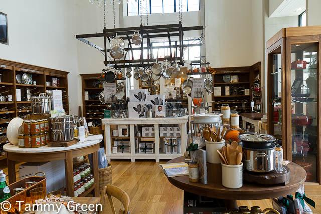 Williams-Sonoma Showroom
